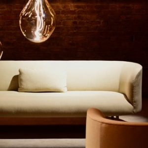 sofa minimalista beix