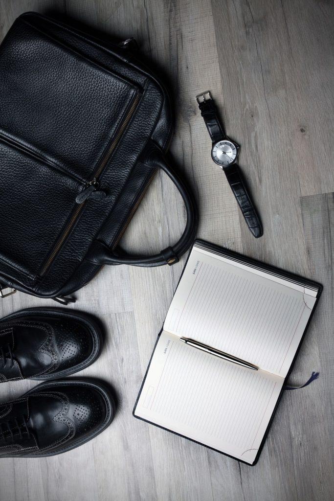 ropa minimalista hombre