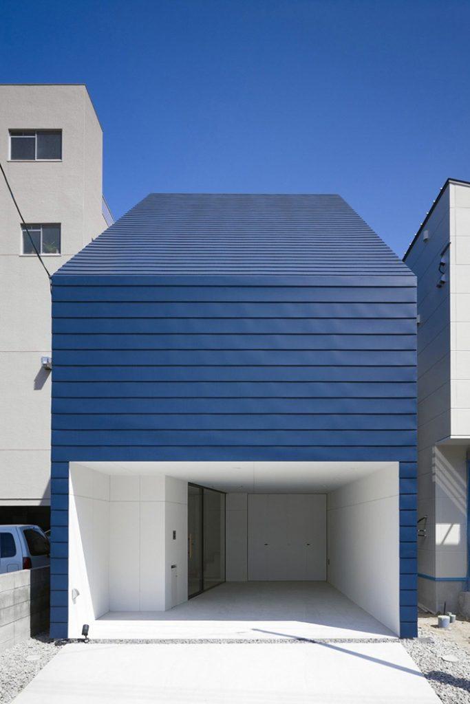 casa minimalista azul